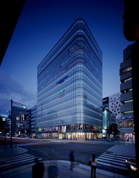 東京都内のおすすめデートスポット3.マロニエゲート